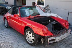 Ile bierze lakiernik za pomalowanie samochodu?